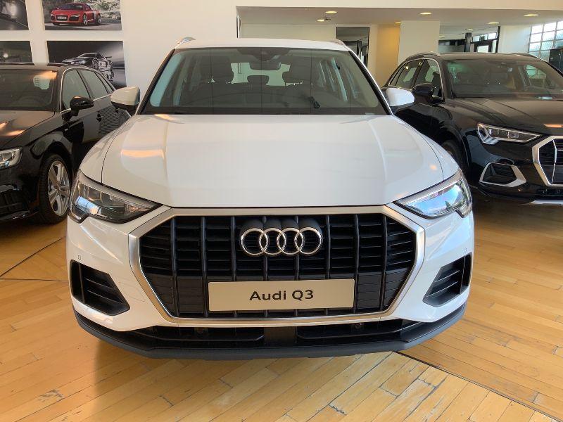 Audi Q3 35 1.5 tfsi Business