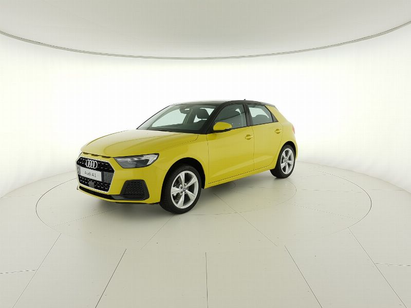 Audi A1 SB 30 1.0 tfsi Admired s-tronic Veicolo Km 0