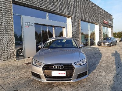 Audi A4 30 2.0 tdi Business 122cv s-tronic my16
