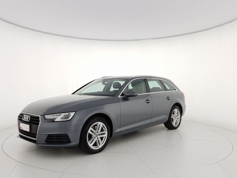 Audi A4 avant 2.0 tdi Business 150cv s-tronic